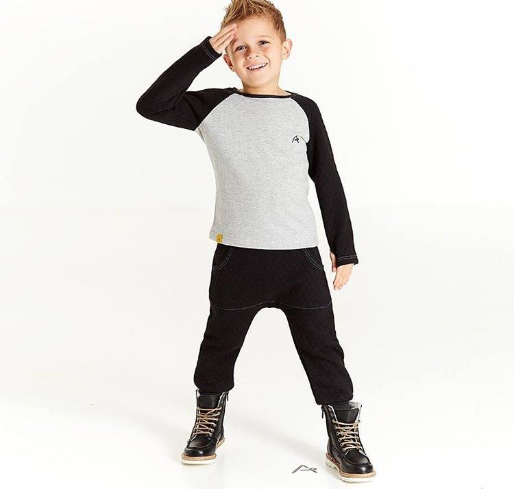 Daxil olunan Boy Lukas su00f6zu00fcne esasen mobil axtaru0131u015f sisteminin elde etdiyi u015fekilleri...